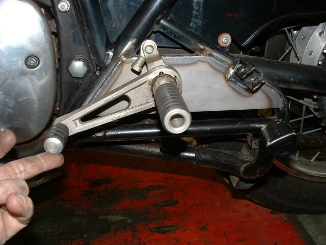 Creation of a rearset bracket for a 1976 Suzuki GS 750 by rcycle.com