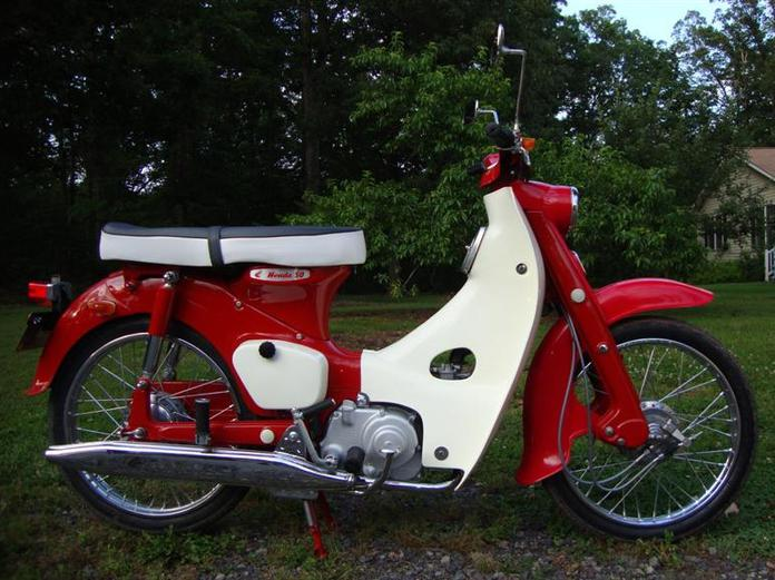 1964 Honda 50 CA110 Step Through rcycle.com