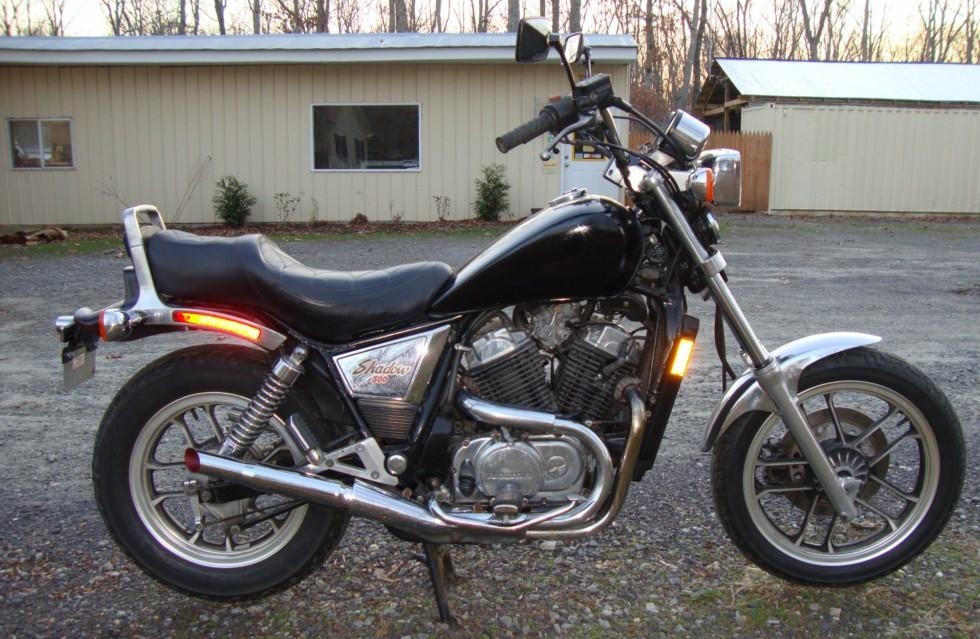 1983 Honda Shadow VT500C rcycle.com