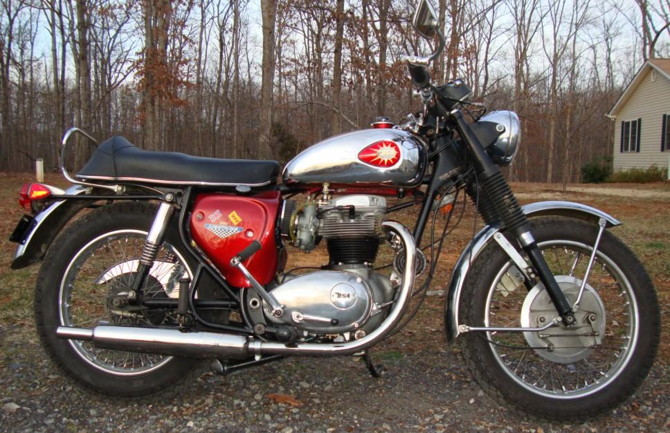 1968 BSA Lightning A65 rcycle.com