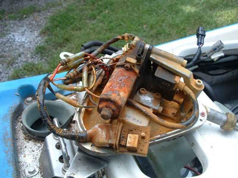 How To Repair A Chrysler Boat Motor All Boats